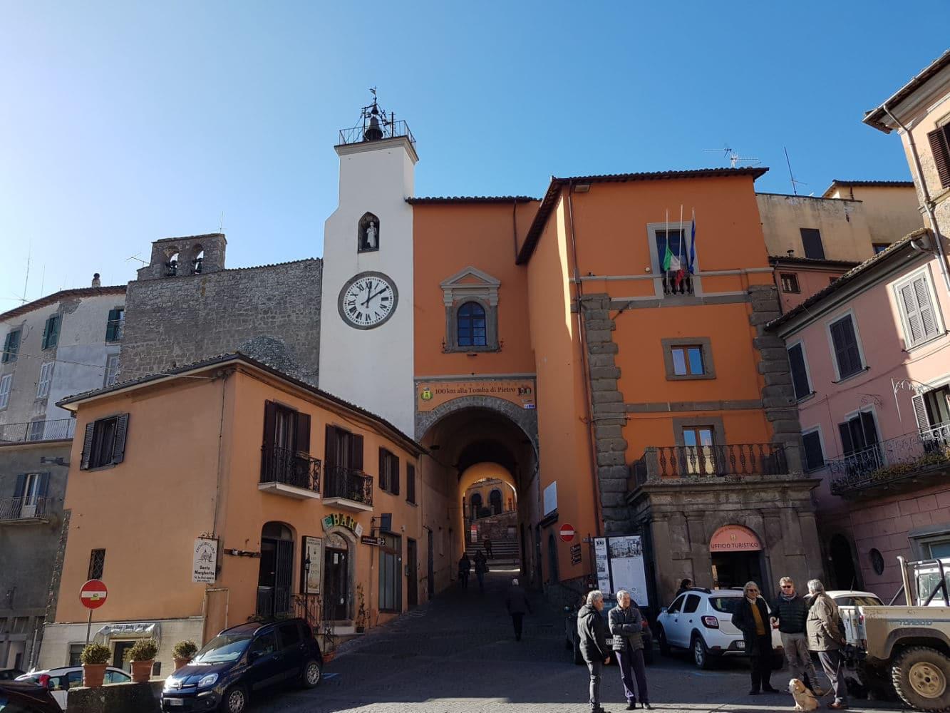 Montefiascone e a história de um grande bebedor de vinhos