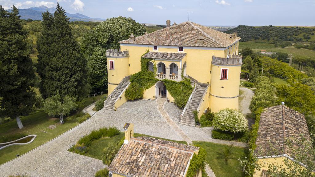 Hospedagem na Calábria: Castello di Serragiumenta